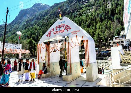 Bhagirathi Fiume bagno ghat, Gangotri, Uttarakhand, India, Asia Immagini Stock