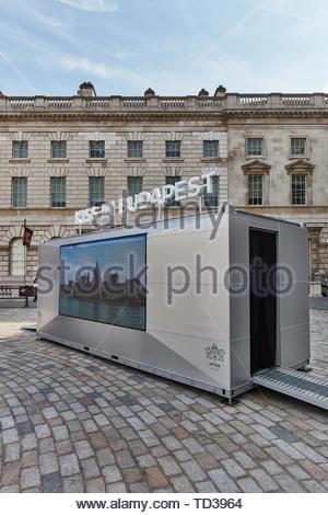 L'installazione dall'ungherese per la moda e il design Agenzia per l'Ungheria. London Design Biennale 2018, Londra, Regno Unito. Architetto: Vari , 2019. Immagini Stock