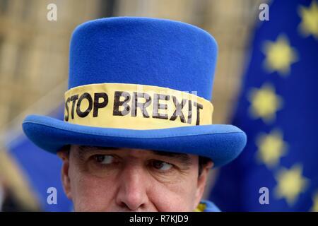 Arrestare Brexit protester, Westminster, London Credit: Finnbarr Webster/Alamy Live News Immagini Stock