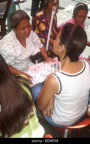 Manila giornaliero della colorata città mercato è un vivace luogo di incontro per indovini nelle Filippine,Asia Immagini Stock