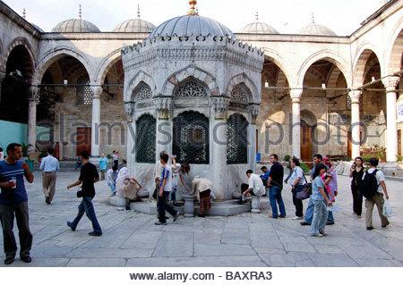 YENI CAMI o la nuova moschea di Istanbul in Turchia Immagini Stock