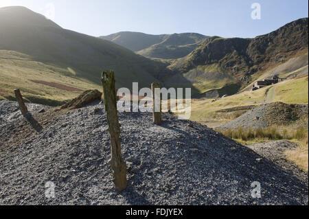 Forza la mia rupe, Borrowdale, Lake District, Cumbria. Falesia di forza è stato l'ultimo lavoro miniera Immagini Stock