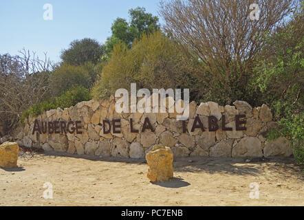 Segno per i giardini botanici Auberge de la tabella, Tulear, Madagascar Immagini Stock
