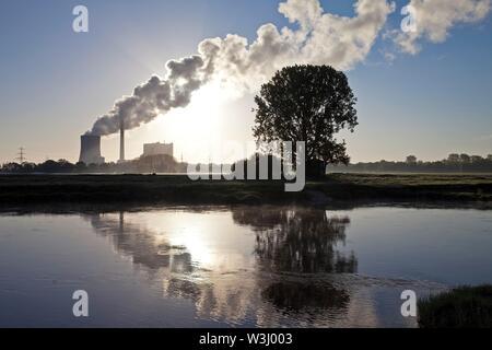 Heyden impianto di alimentazione con il Weser, impianto alimentato a carbone, il riscaldamento globale, carbone uscire, Petershagen, Nord Reno-Westfalia, Germania Immagini Stock