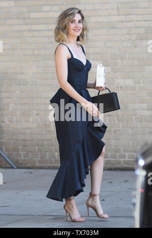 Alison Brie fuori e circa per celebrità Candids - SUN, , New York, NY Giugno 23, 2019. Foto di: Kristin Callahan/Everett Collection Immagini Stock