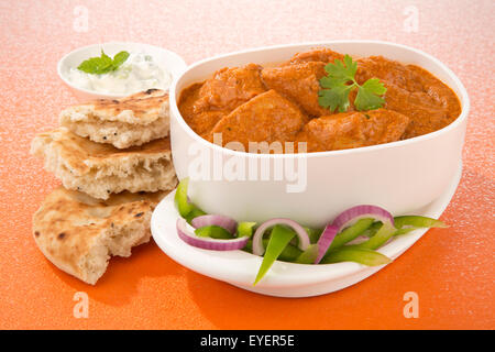 Burro indiano pollo al curry pasto Immagini Stock