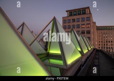 Il tetto del rinnovato recentemente Hayward Gallery, una rinomata galleria d'arte contemporanea e punto di riferimento di architettura Brutalist su Londra il South Immagini Stock