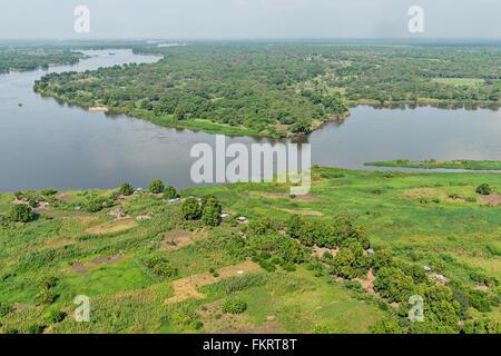 Vista aerea del fiume Nilo vicino a Juba, capitale del sud Sudan. Immagini Stock