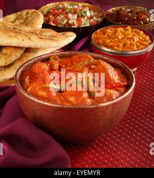 INDIAN pollo al curry JALFREZI PASTO Immagini Stock