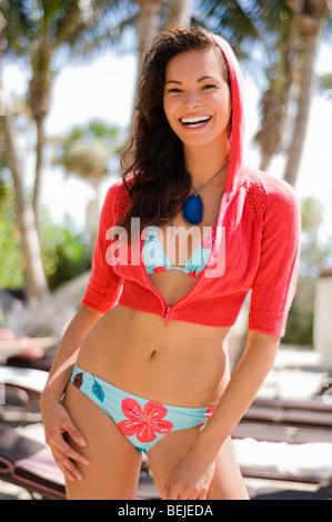 Ritratto di una giovane donna che ride Immagini Stock