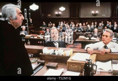 Il verdetto 1982 Twentieth Century Fox Film con da sinistra: Milo O'Shea, James Mason, Paul Newman Immagini Stock