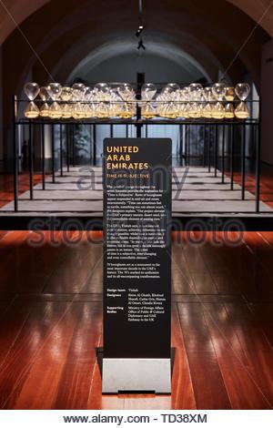 Presentano segno. London Design Biennale 2018, Londra, Regno Unito. Architetto: Vari , 2019. Immagini Stock