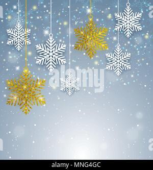 Natale decorativo con sfondo bianco e oro fiocchi di neve scintillante. Anno nuovo bigliettino. Illustrazione Vettoriale. Immagini Stock