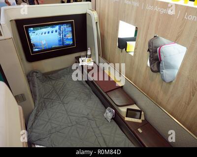 Excel, London, Regno Unito. 5 novembre 2018. Arabia Airlines First Class Suite in mostra al World Travel Market, Excel, London, oggi (Mon) Credito: Finnbarr Webster/Alamy Live News Immagini Stock