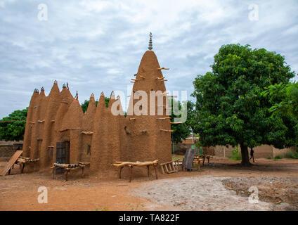 Il XVII secolo sudano-moschea di Sahelian, Savanes distretto, Kouto, Costa d'Avorio Immagini Stock