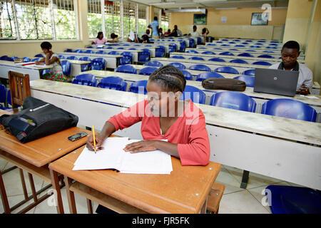 Università africane studente all Università di Zambia (Lusaka). Immagini Stock