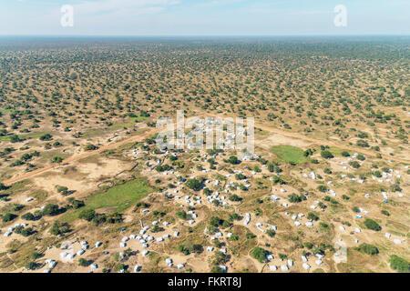 Vista aerea nei campi profughi di Mingkaman, Sud Sudan. Immagini Stock