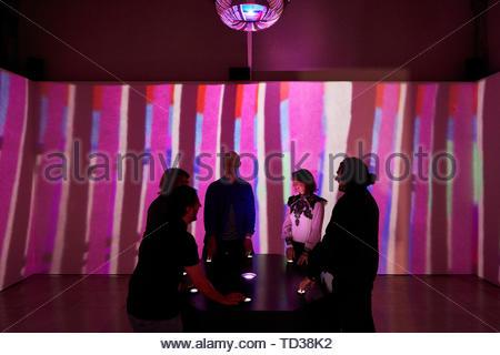 Installazione di Biome collettiva per Dundee. London Design Biennale 2018, Londra, Regno Unito. Architetto: Vari , 2019. Immagini Stock