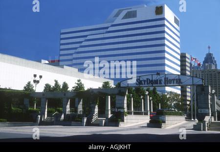 Il popolare Skydome Hotel all'BlueJays, terra di Baseball a Toronto, Ontario, Canada Immagini Stock