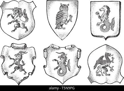 Araldica in stile vintage. Inciso lo stemma con animali, uccelli, creature mitiche, pesce. Emblemi medievale e il logo del regno fantasy. Immagini Stock