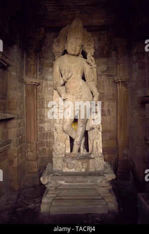 Vishnu scultura in chaturbhuj tempio, Khajuraho, Madhya Pradesh, India, Asia Immagini Stock