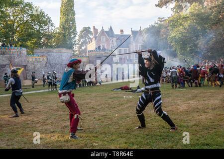 Francia, Indre et Loire, la Valle della Loira sono classificati come patrimonio mondiale dall' UNESCO, Amboise, Chateau du Clos Luce, ricostruzione storica della battaglia di Marignan a Clos Luce Immagini Stock