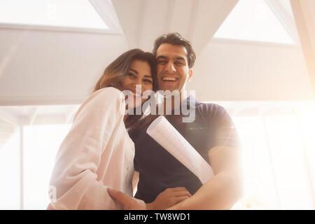 Ritratto di giovane Coppia sorridente Immagini Stock