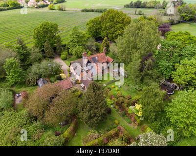 Paese tradizionale cottage sulla periferia dell'occhio nel Suffolk, Inghilterra. Immagini Stock