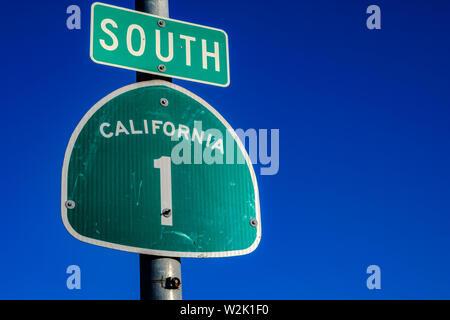 Il Pacific Coast Highway 1 sign in California Immagini Stock