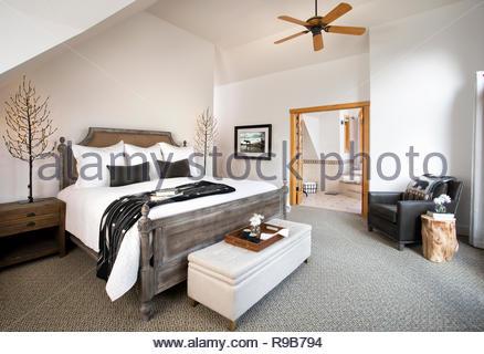 Home Vetrina interno camera da letto Immagini Stock