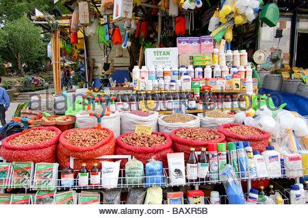 Un negozio SU STRADA DI ISTANBUL IN TURCHIA Immagini Stock