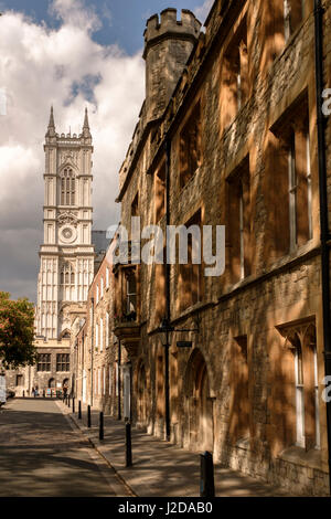 L'Inghilterra,London-Westminster Abbey Precincts-Dean's Yard Immagini Stock