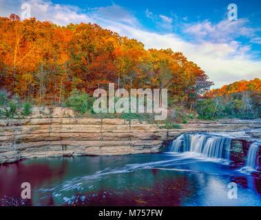 La cataratta inferiore cade, cataratta Falls State Park, Indiana Immagini Stock