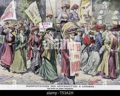 La sfilata delle SUFFRAGETTE 22 agosto 1908. Rilasciato recentemente suffragettes Edith nuovo e Maria Leigh sono tirate in trionfo su un carrello dalla prigione di Holloway a Queen's Hall, Langham Place,Londra. Illustrazione da un contemporaneo rivista francese. Immagini Stock