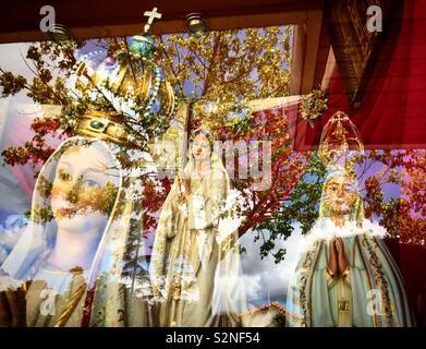 Le immagini della Vergine del Rosario di Fatima, Portogallo per la vendita Immagini Stock
