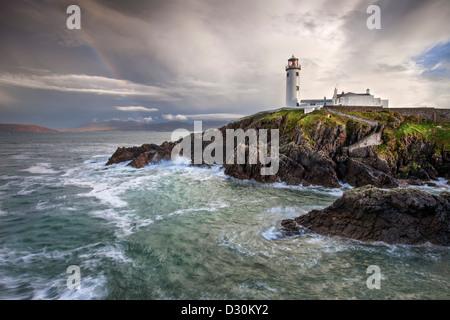 Giorno tempestoso a Fanad Head Lighthouse nella Contea di Donegal. Immagini Stock