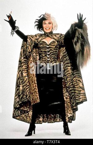 101 DALMATIONS 1996 Walt Disney Pictures film con Glenn Close come Cruella DeVil Immagini Stock
