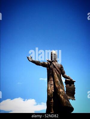 La scultura di indigeni messicani poeta Nezahualcoyotl in Caceres, Estremadura, Spagna Immagini Stock