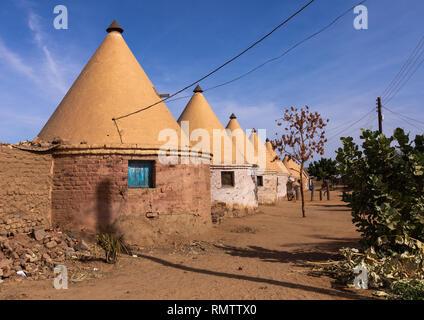 Case costruite da inglese per la stazione ferroviaria di lavoratori durante il periodo coloniale, Stato settentrionale, Karima, Sudan Immagini Stock