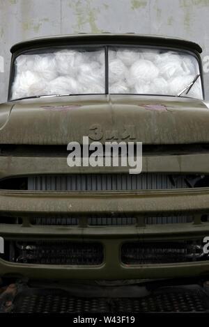 Un vecchio carrello sovietica riempita con lana nella repubblica Kabardino-Balkaria nel Nord Caucaso Distretto federale della Russia Immagini Stock