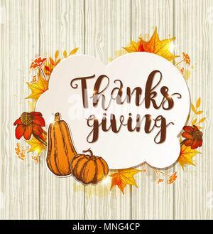 Biglietto di auguri per il giorno del Ringraziamento con orange zucche, fiori e foglie di acero su uno sfondo di legno. Immagini Stock
