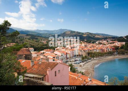 France, Languedoc-Roussillon, Dipartimento Pyrennes-Orientales, Vermillion area costiera, Collioure Immagini Stock
