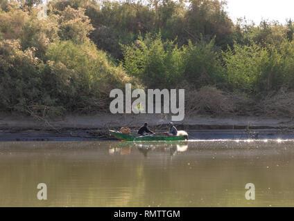 I pescatori sul fiume Nilo, Stato settentrionale, El-Kurru, Sudan Immagini Stock