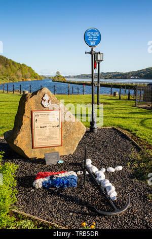 Irlanda del Nord, CO ARMAGH, Newry Canal, Victoria serrature, SS ligustro e noce naufragio memorial, accanto al capitano Harry Hollywood targa blu Immagini Stock