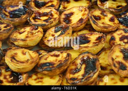 Tradizionale Pasteis de nata (crema pasticcera crostate). Belem, Lisboa Immagini Stock