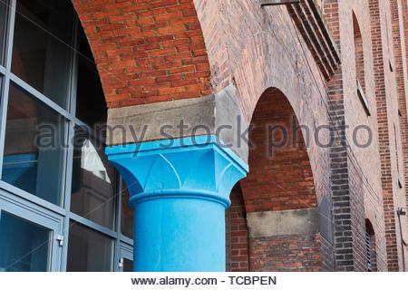 Montante esterno dettaglio. Magazzino di Londra, Manchester, Regno Unito. Architetto: Archer Humphreys architetti, 2018. Immagini Stock