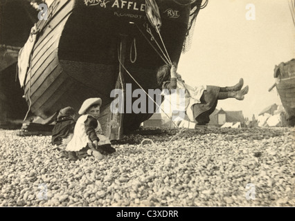 Lo Swing, photo Paul Martin. Inghilterra, c.1896 Immagini Stock