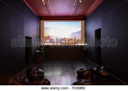 Installazione di Liverpool John Moores University di Liverpool. London Design Biennale 2018, Londra, Regno Unito. Architetto: Vari , 2019. Immagini Stock