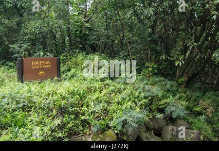 Haena Kauai Hawaii Haena parco dello stato segno nella foresta di pioggia North Shore Immagini Stock