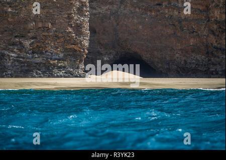 Hawaii, Kauai, Napali, Costa Napali del Parco Statale di sabbia sulla spiaggia Immagini Stock